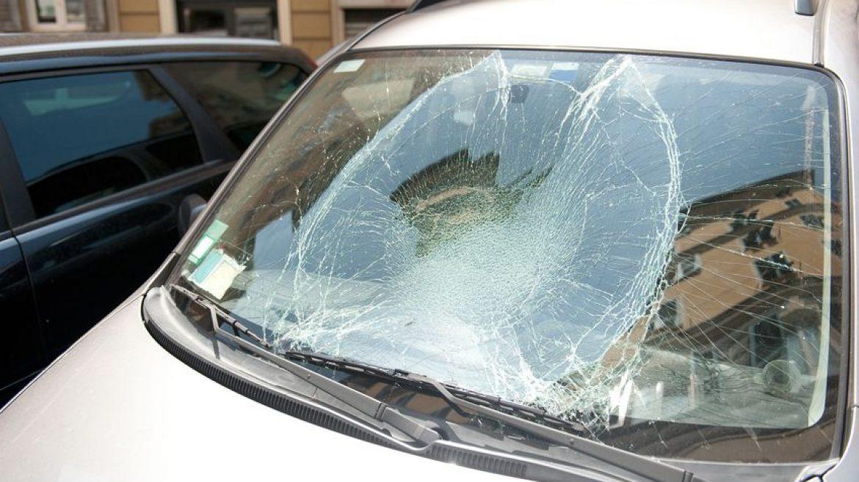 Autó üveg csere és autóbontás egy helyen!